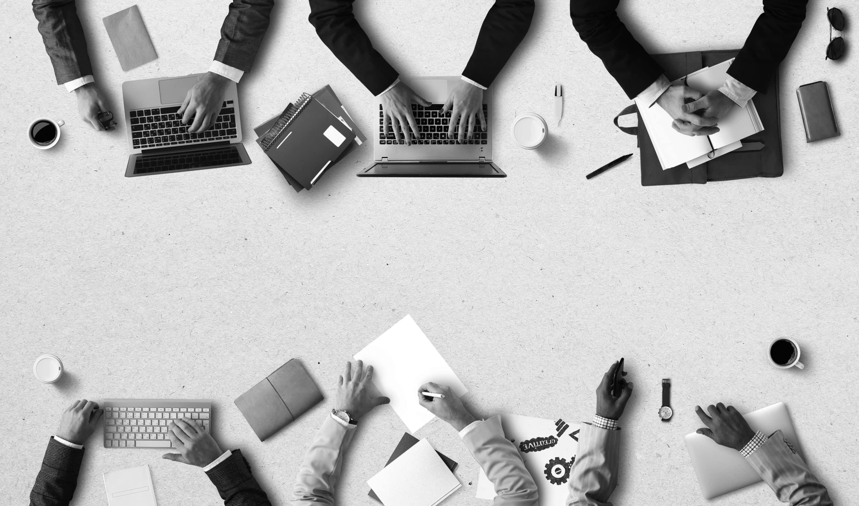 Accompagnement dans la création de site web sur mesure - Par l'agence de communication digitale Com' Empreintes
